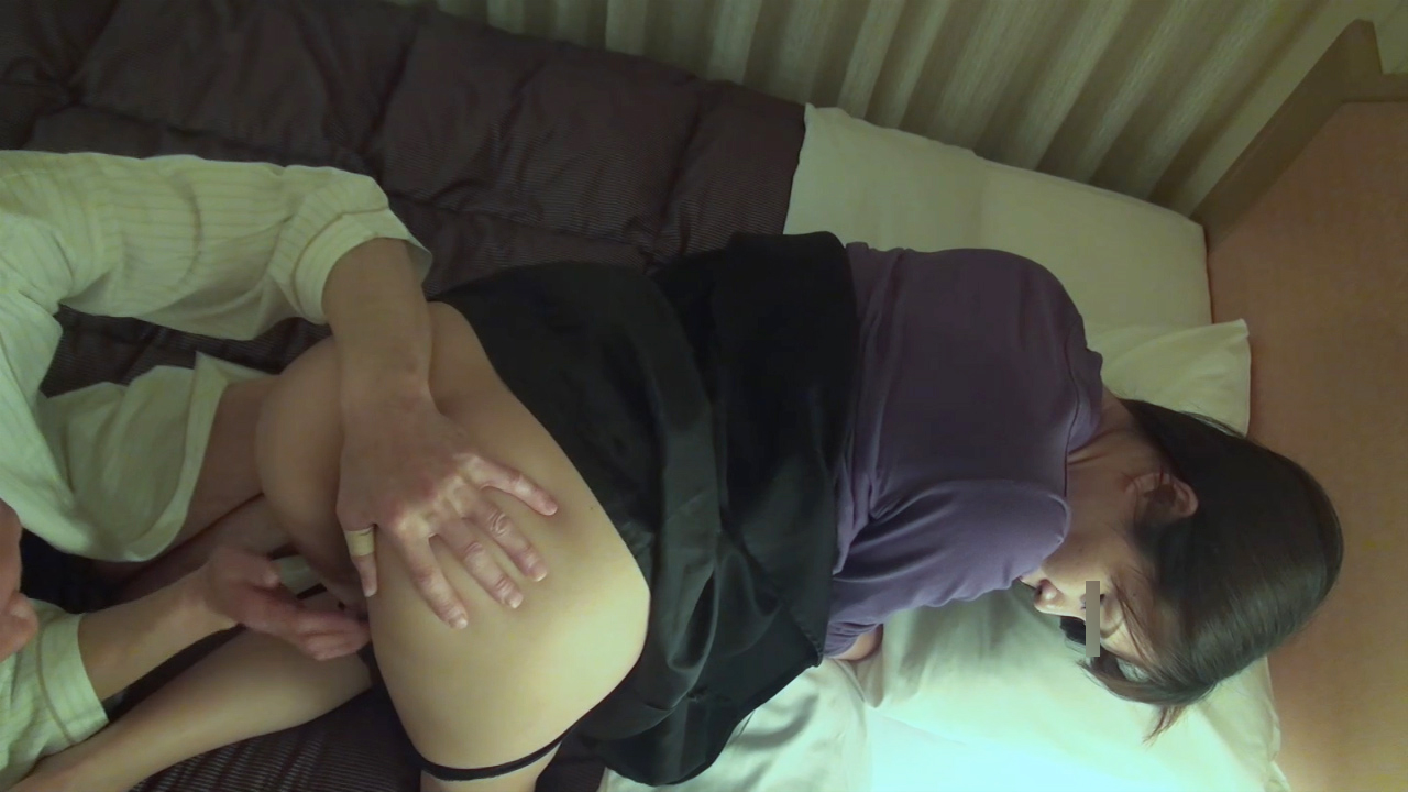 FC2 PPV 1023122 【個人撮影】寝取られ貸出し!29歳の激エロ美人妻を60のじじいに孕ませ交尾させた結果!
